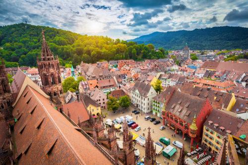 Freiburg - Historische Altstadt mit dem Freiburger Münster